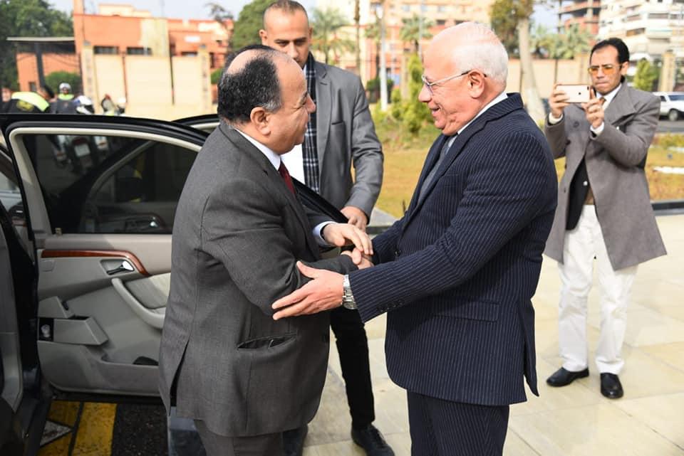 صور | محافظ بورسعيد يستقبل وزير المالية لمتابعة عدد من المشروعات بالمحافظة