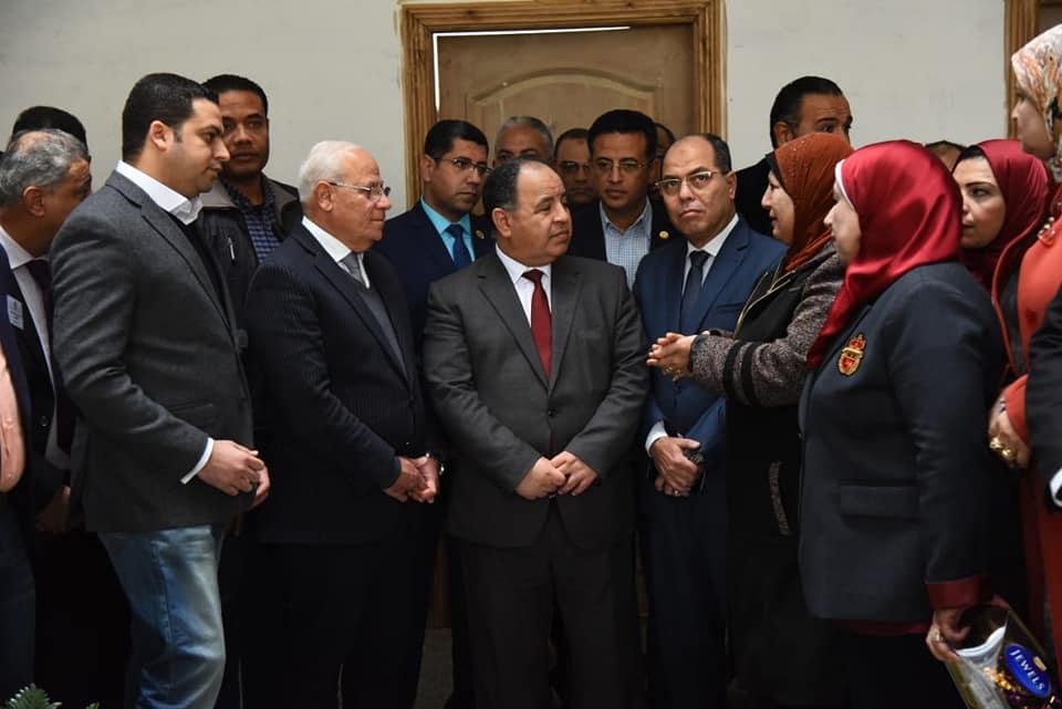 صور| وزير المالية ومحافظ بورسعيد يتفقدان أعمال إنشاء مبنى المديرية المالية