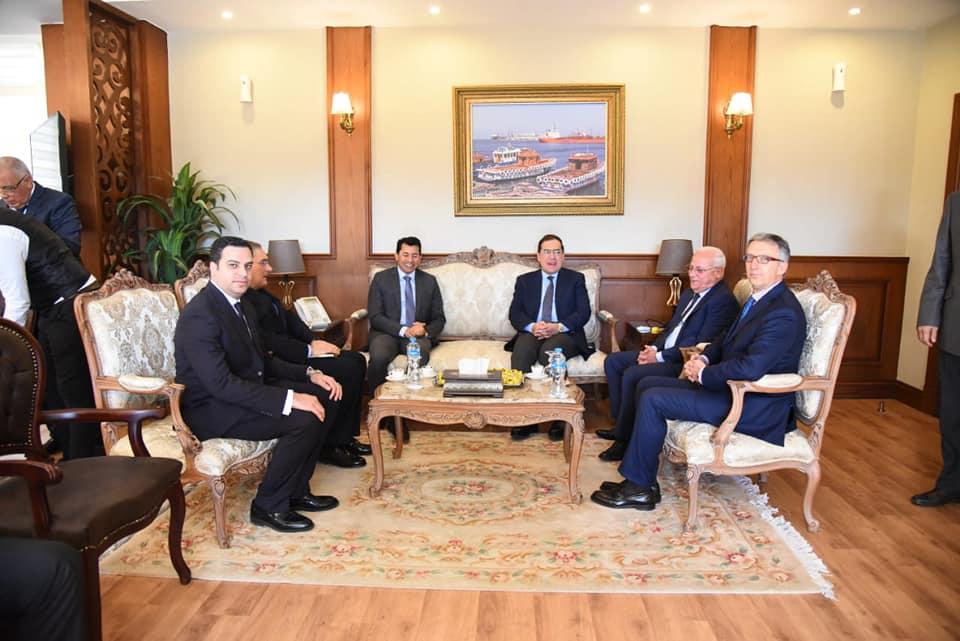 صور| محافظ بورسعيد يستقبل وزيرا البترول والشباب لافتتاح عدد من المشروعات