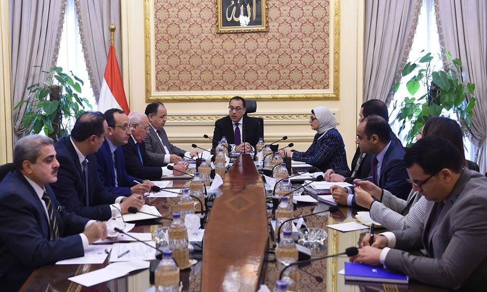 صور | رئيس الوزراء يتابع تطبيق منظومة التأمين الصحى الشامل فى بورسعيد