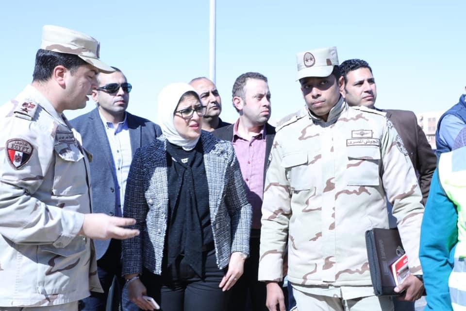 صور | وزيرة الصحة : تسجيل 43 ألف مواطن بمنظومة التأمين الصحي بجنوب سيناء