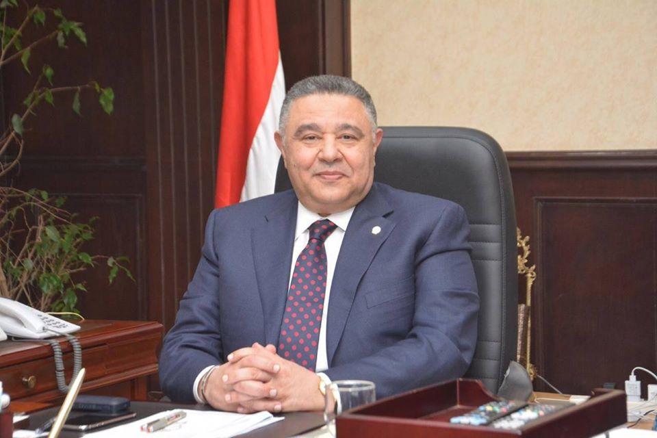 محافظ البحر الأحمر: الحكومة ذللت العقبات لتشغيل منظومة الصرف بالغردقة