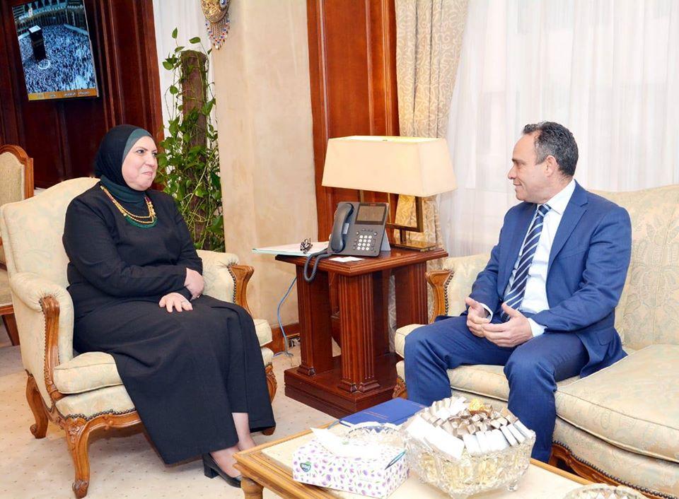 وزيرة التجارة تلتقي بالرئيس التنفيذي للوحدة الفنية لاتفاقية أغادير