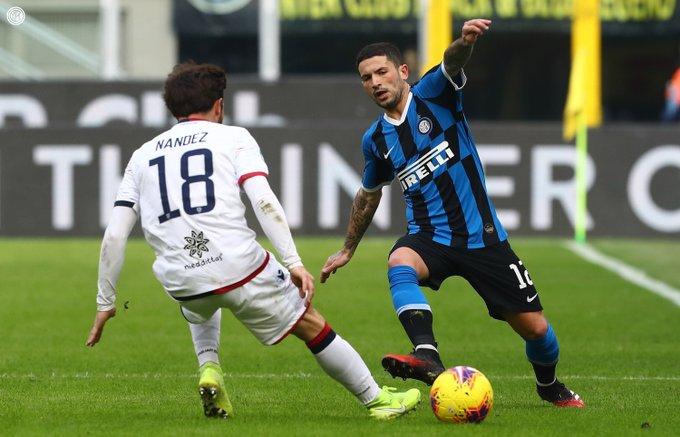 صور | إنتر ميلان يسقط في فخ التعادل أمام كالياري في الدوري الإيطالي