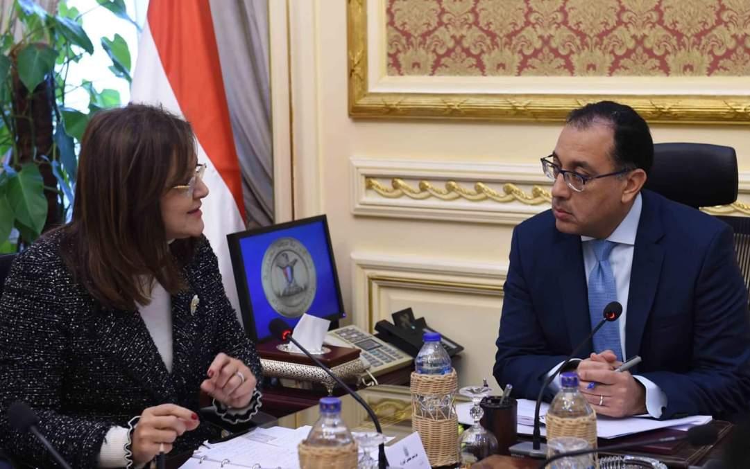 الحكومة: إعادة توزيع موظفي الدولة بما يضمن حسن استثمار طاقاتهم