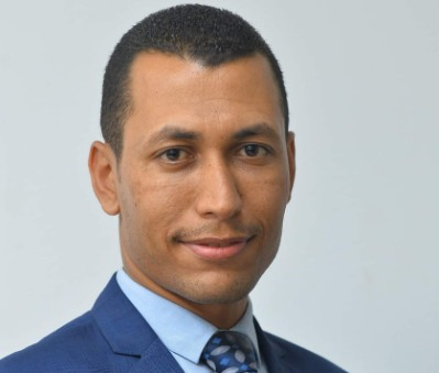 الصحفي محمد مخلوف مستشاراً إعلامياً لمحافظة البحر الأحمر