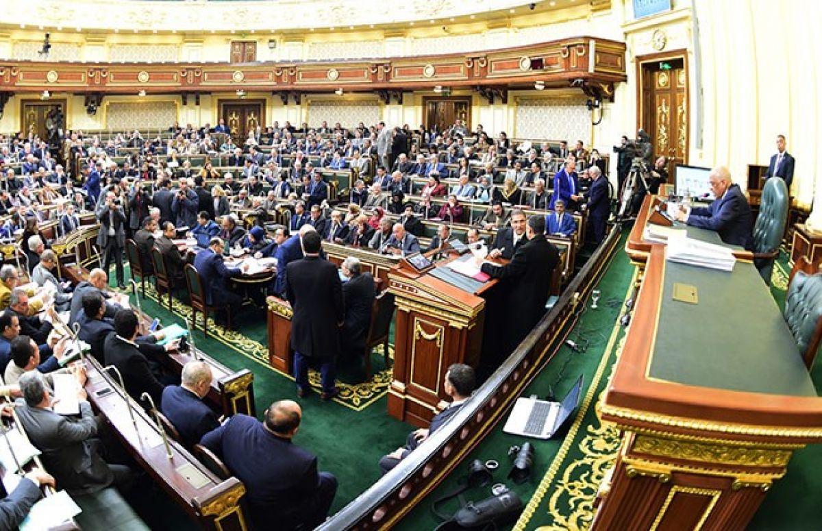 البرلمان يوافق على قانون للإذن لوزير المالية بضمان الشركة القابضة للمياه