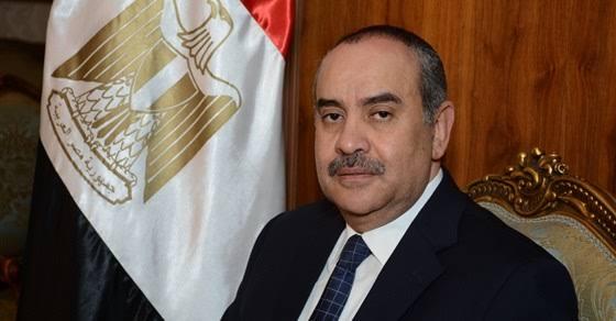 وزير الطيران يهنئ اللواء محمود توفيق ورجال الشرطة بعيدهم الـ68