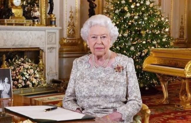 الملكة إليزابيث الثانية تصادق على مشروع قانون بريكست