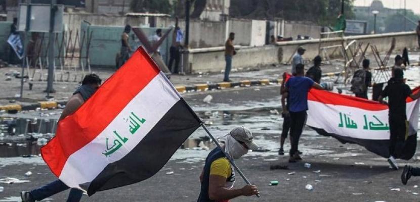 """شرطة """"ذي قار"""" تدعو المتظاهرين العراقيين إلى فتح الطرق"""
