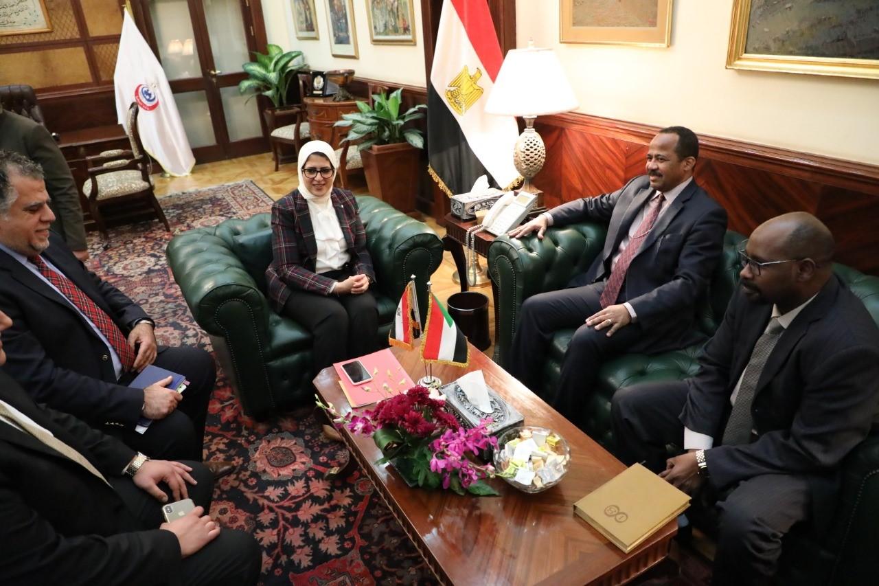"""وزيرة الصحة : مصر تدعم توفير احتياجات """"السودان"""" من المستحضرات الدوائية"""