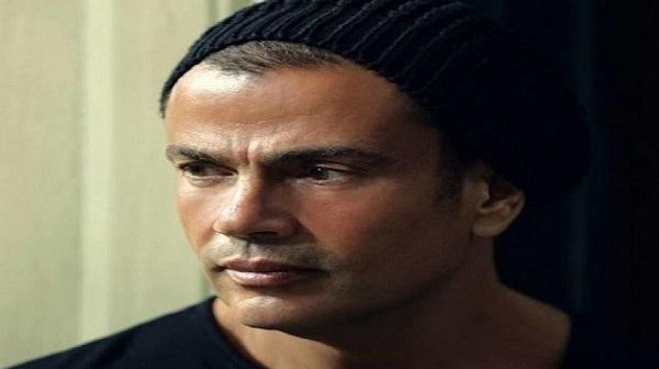 بهذه الكلمات.. عمرو دياب يودع الرئيس الأسبق حسني مبارك