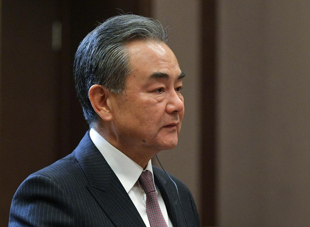 الصين تؤكد لهولندا أهمية استقرار سلاسل الصناعة والتوريد العالمية