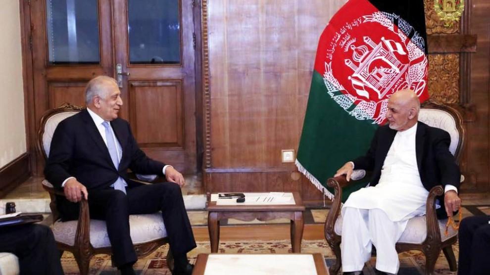 المبعوث الأمريكي لدى أفغانستان يبحث اتفاق طالبان مع الرئيس غني