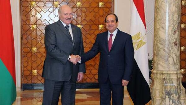 رئيس بيلاروسيا يصل القاهرة للقاء الرئيس السيسي