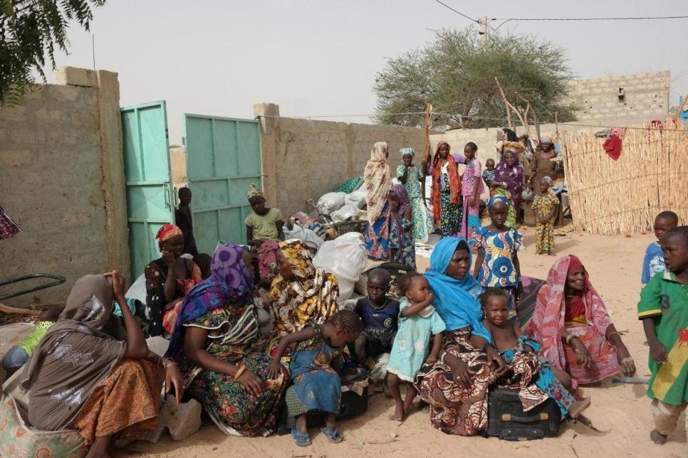 مفوضية اللاجئين تؤكد ضرورة بذل الجهود لحل مشكلة اللاجئين والمشردين في نيجيريا