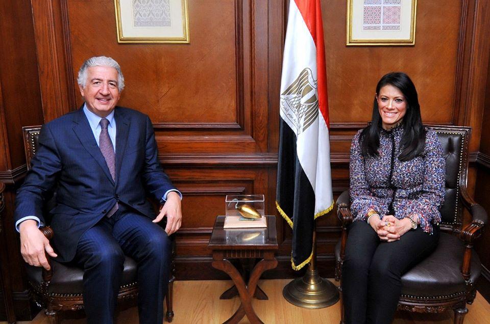 صور | وزيرة التعاون الدولى تلتقي وفد المؤسسة الدولية الاسلامية لتمويل التجارة