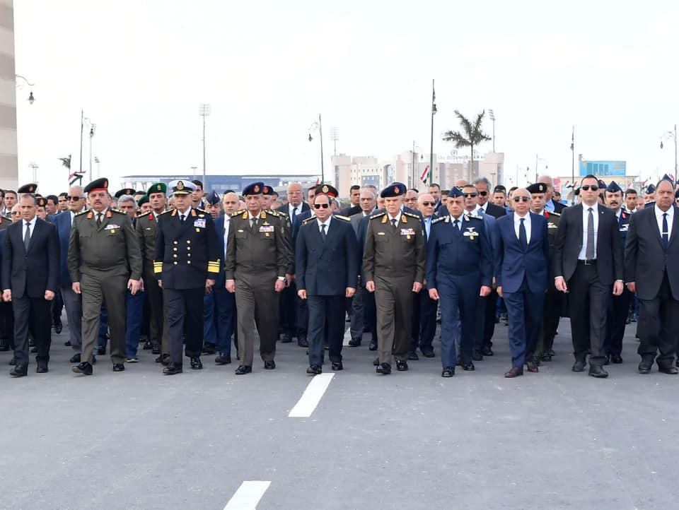حضور الرئيس السيسي الجنازة العسكرية ومباحثات شكري بألمانيا أبرز ما تناولته الصحف
