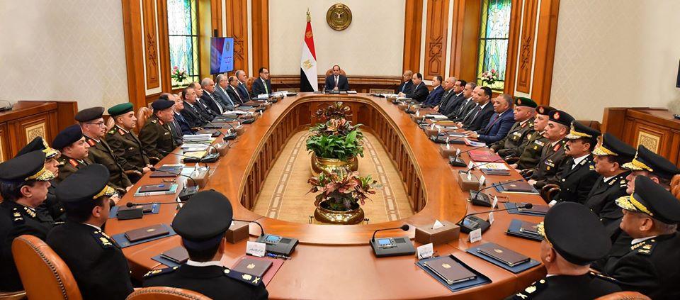 اجتماع الرئيس السيسي مع اللجنة العليا لاسترداد الأراضي يتصدر عناوين الصحف