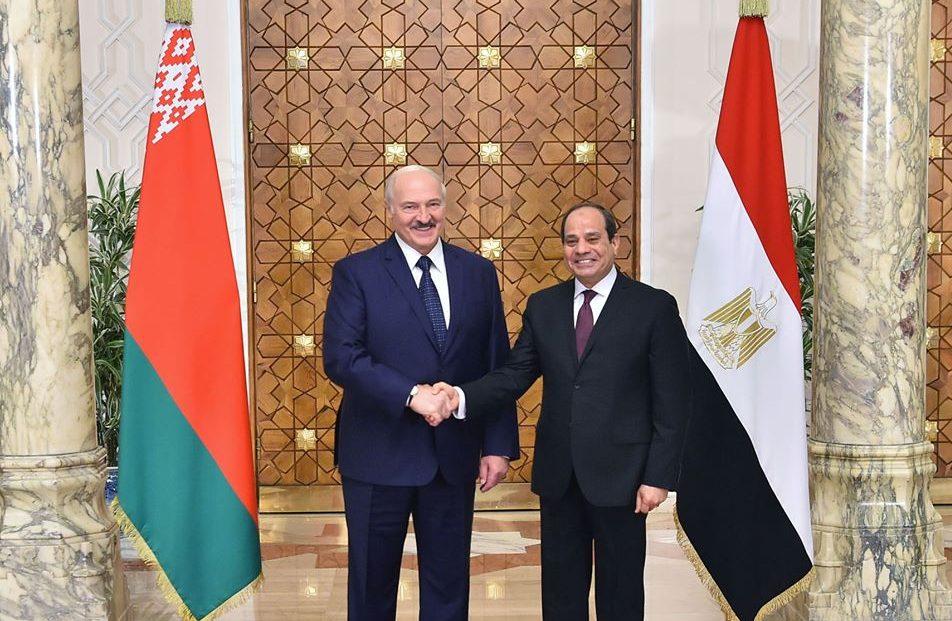 مباحثات الرئيس السيسي مع نظيرة البيلاروسي تتصدر عناوين الصحف المصرية