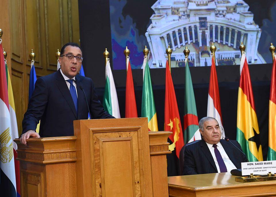 صور | نص كلمة رئيس الوزراء أمام اجتماع القاهرة الرابع لرؤساء المحاكم الإفريقية