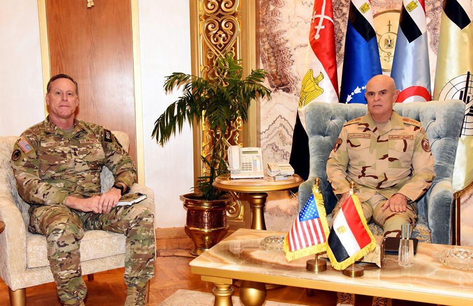 رئيس الأركان يلتقي قائد قيادة العمليات الخاصة المشتركة الأمريكية لبحث سبل التعاون