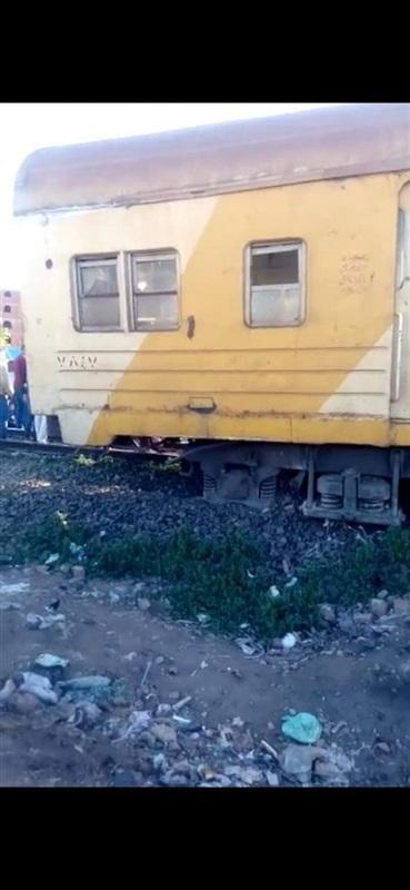 صور| خروج قطار طنطا – قطور عن القضبان