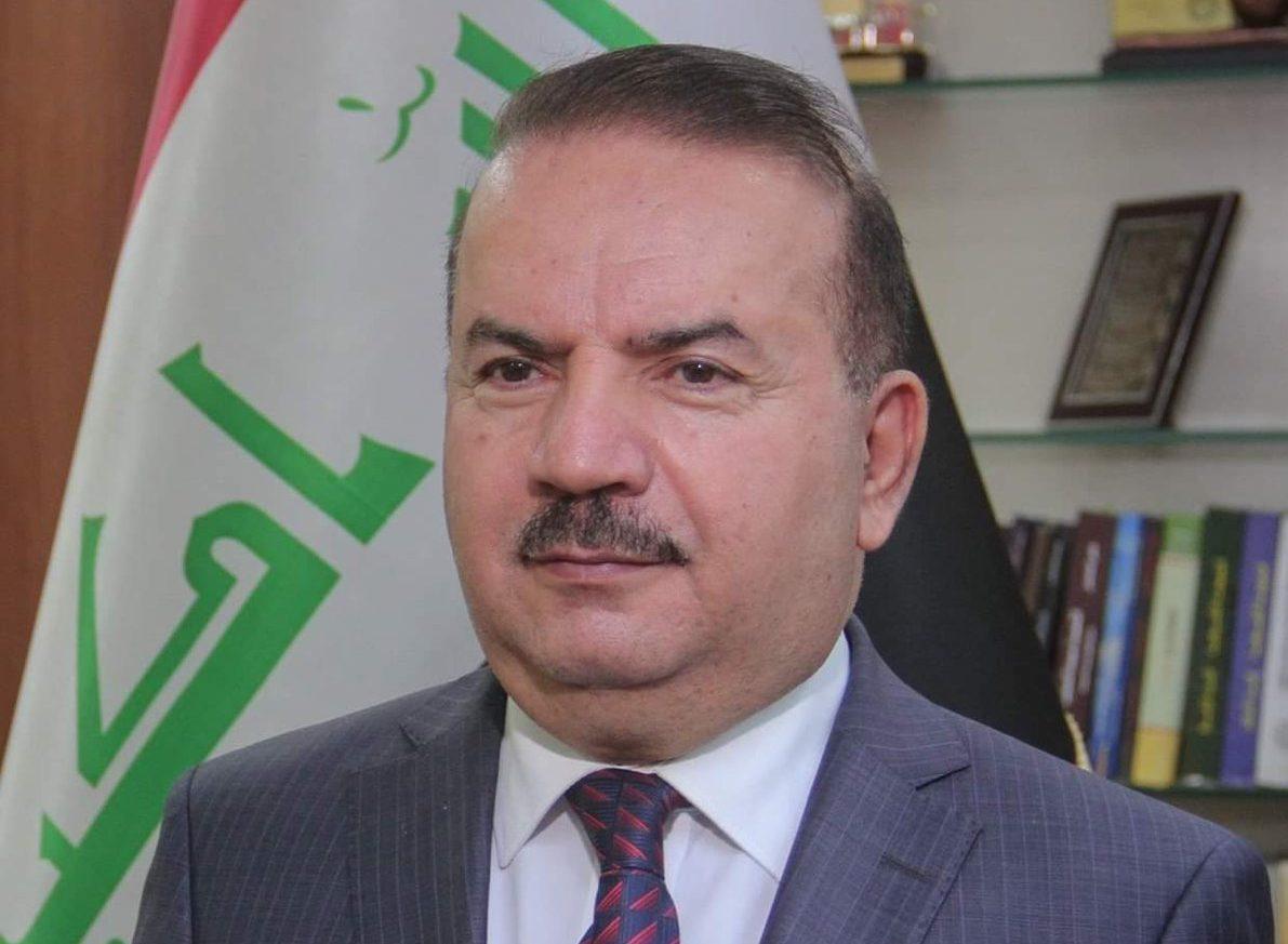 وزير الداخلية العراقي يشدد على ضرورة حماية المتظاهرين