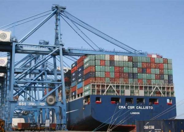 ميناء دمياط يستقبل 5 سفن للحاويات والبضائع العامة