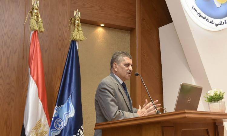 رئيس هيئة قناة السويس: لاصحة لوجود مصابة بفيروس كورونا عائدة من العمرة