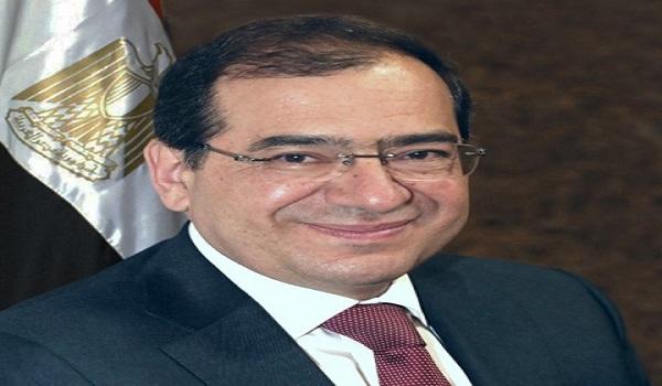 وزير البترول : بدء مد شبكات الغاز الطبيعى لمنطقة شرق بورسعيد الصناعية