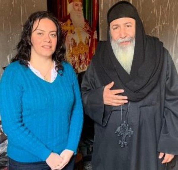 صور| سيلفيا نبيل تزور منطقة زرايب 15 مايو وتعد بإيصال صوتهم للمسئولين التنفيذين