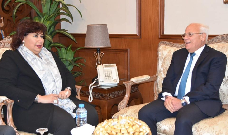 وزيرة الثقافة ومحافظ بورسعيد يطلقان فعاليات عاصمة الثقافة المصرية لعام 2020