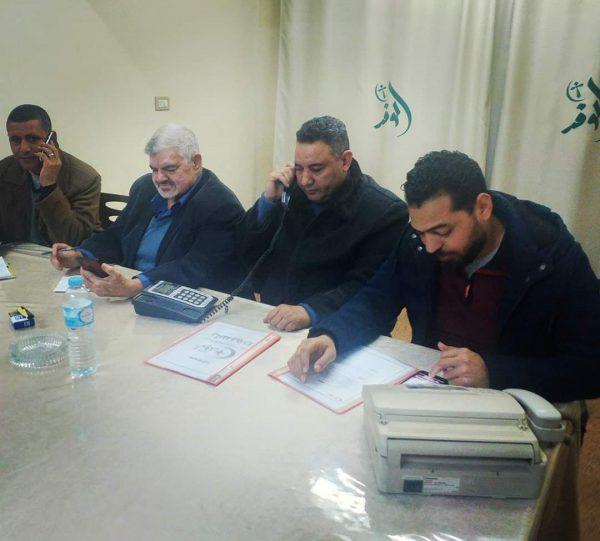 حزب الوفد بأسيوط يتابع تداعيات الطقس السىء من غرفة العمليات