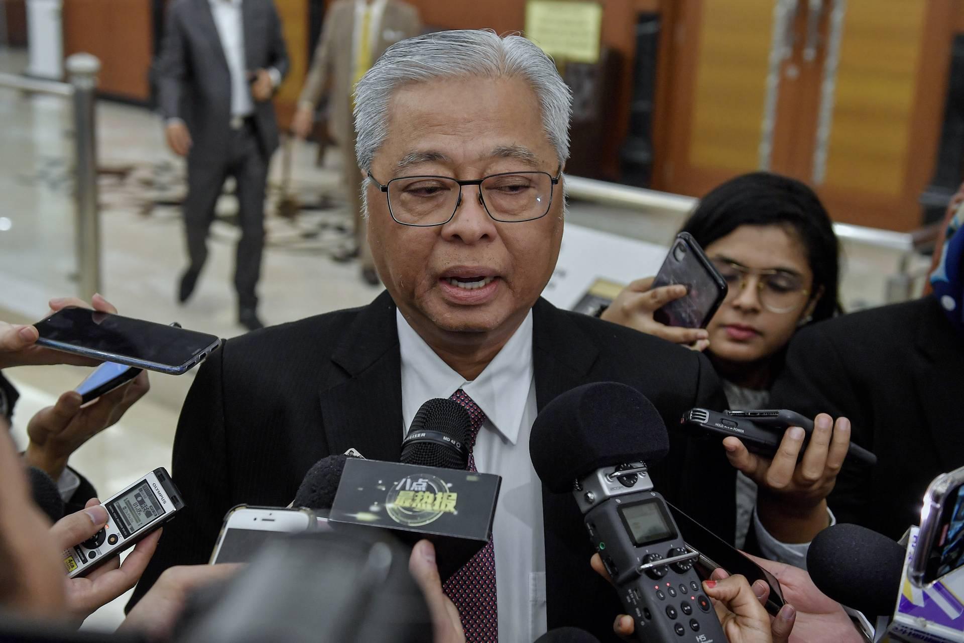 وزير الدفاع الماليزى: بدء عملية تعقيم وتطهير واسعة النطاق بالبلاد بعد غد