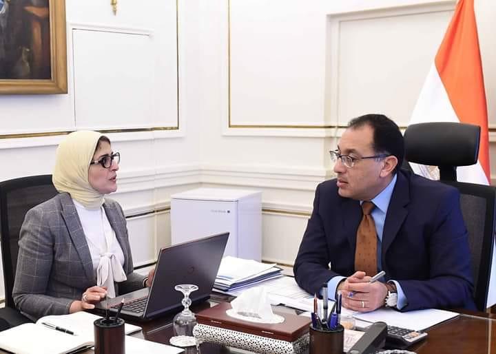 رئيس الوزراء يتفق مع هالة زايد على تطبيق آليات جديدة ميسرة للراغبين فى تحليل فيروس كورونا