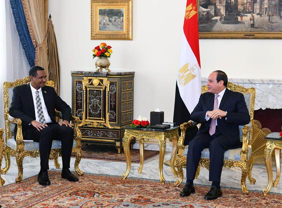 مباحثات الرئيس السيسي مع النائب الأول لرئيس مجلس السيادة السوداني تتصدر عناوين الصحف