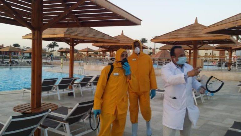 صور | بدء إجراءات التعقيم للفنادق فى مدينة شرم الشيخ بجنوب سيناء والجونة