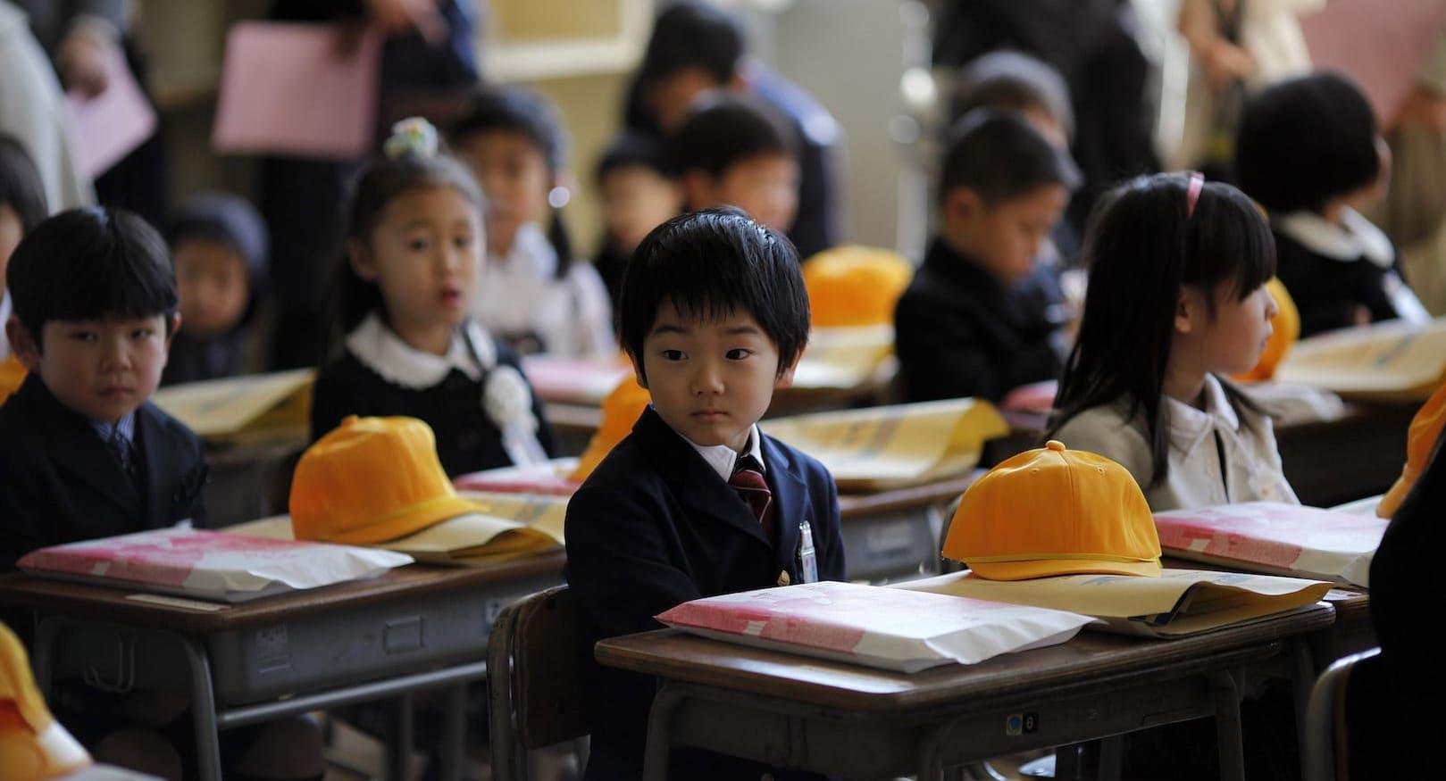 اليابان تستعد لاستئناف الدراسة في المناطق الخالية من كورونا
