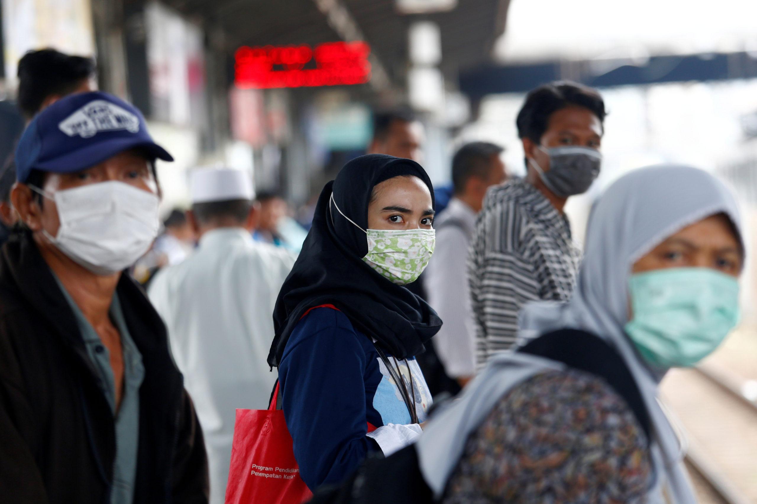 ارتفاع حصيلة المصابين بكورونا فى باكستان إلى أكثر من 90 ألف شخص