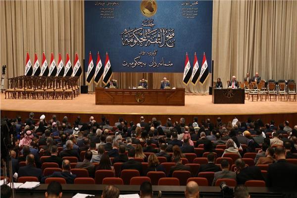 البرلمان العراقي يطالب بإعلان حالة الطوارئ وتعطيل المؤسسات بسبب فيروس كورونا
