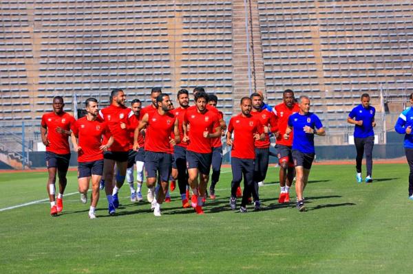 """الأهلي يؤدي مرانه على ملعب """"لوكاس موريبي"""" استعدادًا لمواجهة صن داونز"""