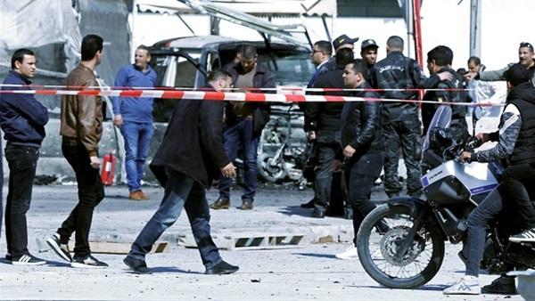 الرئيس التونسي يزور مصابي العملية الإرهابية