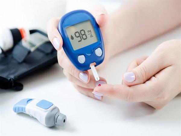 روشتة طبية لتقليل مخاطر الإصابة بفيروس كورونا لدى مرضى السكري