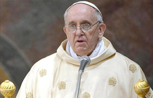 بابا الفاتيكان يفتتح طقوس أسبوع عيد الفصح بقداس بدون جمهور