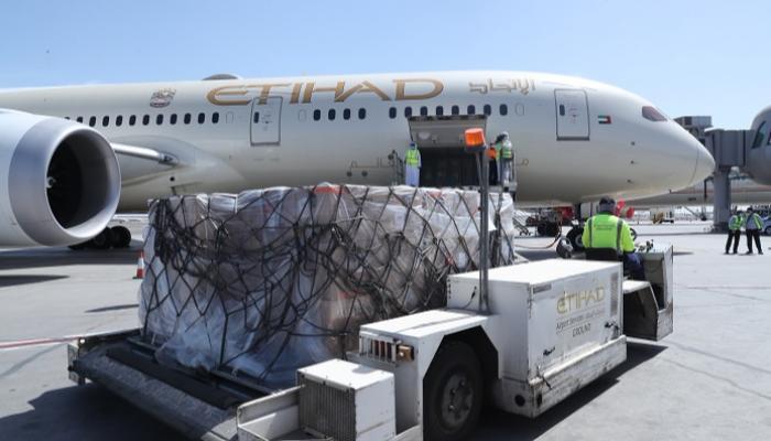 الإمارات ترسل مساعدات طبية للبنان لمواجهة كورونا