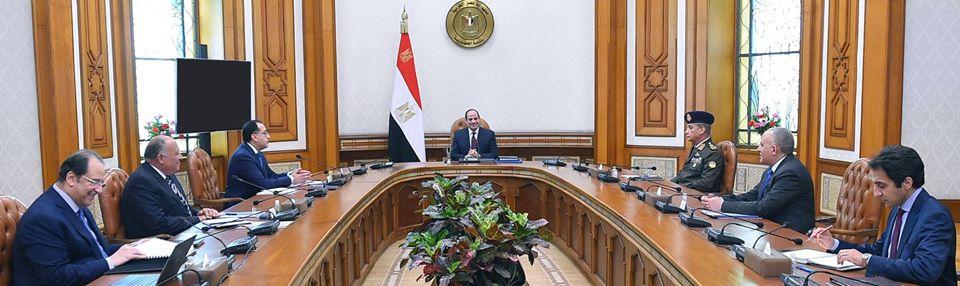 متابعة الرئيس السيسي لجهود مكافحة انتشار كورونا ومبادرة كلنا واحد يتصدران اهتمامات صحف القاهرة