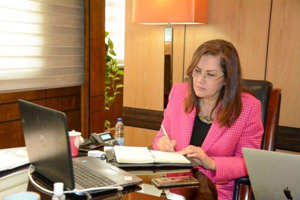 وزيرة التخطيط : الخطة متوسطة الـمدى للتنمية الـمُستدامة تهتم بإدراج البُعد السكاني
