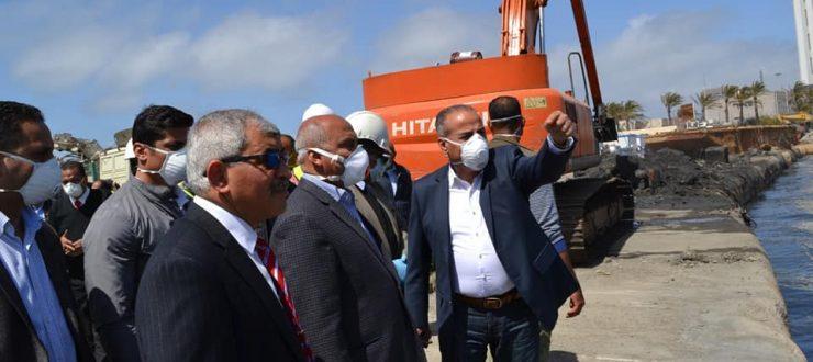 صور   وزير النقل يتابع أعمال إنشاء المحطة متعددة الأغراض بميناء الإسكندرية