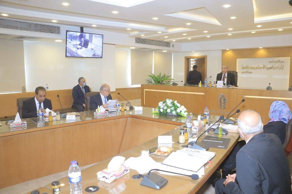 صور   وزير التموين يرأس اجتماع الجمعية العامة للشركة القابضة للصناعات الغذائية
